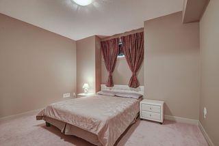Photo 35: 925 ARMITAGE Court in Edmonton: Zone 56 House for sale : MLS®# E4189163