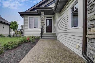 Photo 3: 925 ARMITAGE Court in Edmonton: Zone 56 House for sale : MLS®# E4189163
