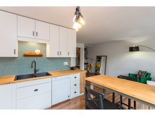 """Photo 6: 4 33900 MAYFAIR Avenue in Abbotsford: Central Abbotsford Townhouse for sale in """"Mayfair Gardens"""" : MLS®# R2444241"""