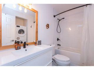 """Photo 15: 4 33900 MAYFAIR Avenue in Abbotsford: Central Abbotsford Townhouse for sale in """"Mayfair Gardens"""" : MLS®# R2444241"""