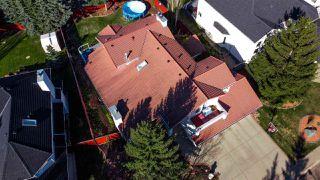Photo 4: 411 HEFFERNAN Drive in Edmonton: Zone 14 House for sale : MLS®# E4197495