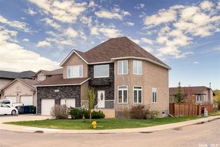 Photo 2: 703 Greaves Crescent in Saskatoon: Willowgrove Residential for sale : MLS®# SK809068
