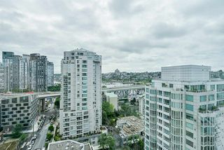 "Photo 16: 2002 1500 HORNBY Street in Vancouver: Yaletown Condo for sale in ""888 BEACH"" (Vancouver West)  : MLS®# R2461920"