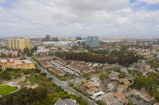 Photo 14: UNIVERSITY CITY Condo for sale : 4 bedrooms : 7853 Camino Raposa in San Diego