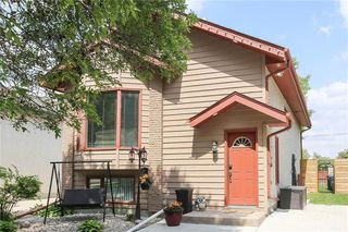 Photo 2: 130 Sauve Crescent in Winnipeg: River Park South Residential for sale (2F)  : MLS®# 202013743