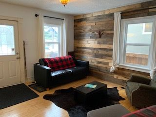 Photo 3: 9838 90 Avenue in Edmonton: Zone 15 House for sale : MLS®# E4204313