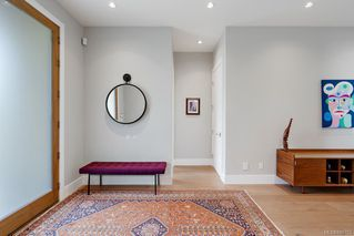 Photo 2: 1219 Chapman St in : Vi Fairfield West House for sale (Victoria)  : MLS®# 845753
