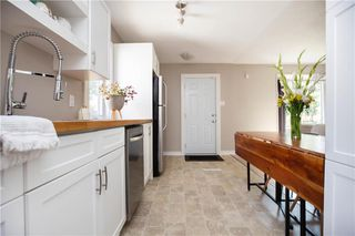 Photo 4: 821 Cambridge Street in Winnipeg: River Heights South Residential for sale (1D)  : MLS®# 202018056