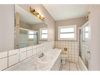 Photo 15: 31934 PEARDONVILLE Road in Abbotsford: Abbotsford West House for sale : MLS®# R2484379