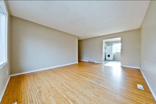Photo 2: 539 HUNTERPLAIN Hill NW in Calgary: Huntington Hills Detached for sale : MLS®# A1024979