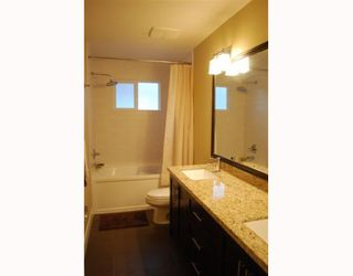 """Photo 8: 1950 E 64TH Avenue in Vancouver: Fraserview VE House for sale in """"FRASERVIEW"""" (Vancouver East)  : MLS®# V785070"""