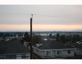 """Photo 9: 1950 E 64TH Avenue in Vancouver: Fraserview VE House for sale in """"FRASERVIEW"""" (Vancouver East)  : MLS®# V785070"""
