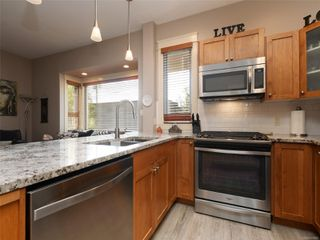 Photo 9: 2 436 Niagara St in : Vi James Bay Row/Townhouse for sale (Victoria)  : MLS®# 856895