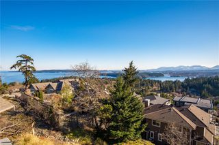 Photo 4: 3744 Glen Oaks Dr in : Na Hammond Bay House for sale (Nanaimo)  : MLS®# 858114