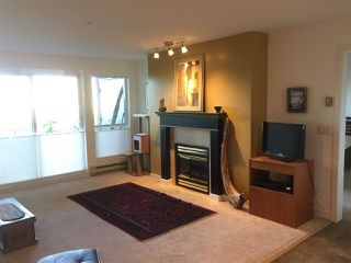 "Photo 1: 116 378 ESPLANADE Avenue: Harrison Hot Springs Condo for sale in ""LAGUNA BEACH"" : MLS®# R2513968"