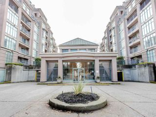 "Main Photo: 603 2468 E BROADWAY in Vancouver: Renfrew Heights Condo for sale in ""GARDENIA VILLA"" (Vancouver East)  : MLS®# R2525833"