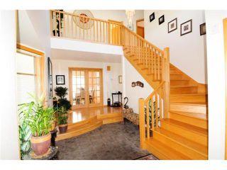 Photo 2: 738 Cloutier Drive in WINNIPEG: Fort Garry / Whyte Ridge / St Norbert Residential for sale (South Winnipeg)  : MLS®# 1006461