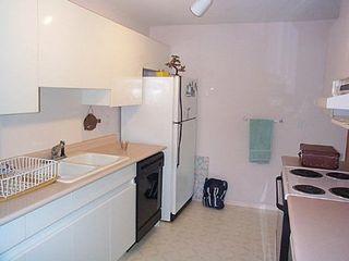 Photo 2: 205 14981 101A AV: House for sale (Guildford)  : MLS®# 2409279