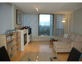 """Photo 4: 2207 7108 COLLIER Street in Burnaby: Highgate Condo for sale in """"ARCADIA WEST"""" (Burnaby South)  : MLS®# V750514"""