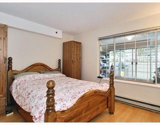 "Photo 7: 102 1525 PENDRELL Street in Vancouver: West End VW Condo for sale in ""CHARLOTTE GARDENS"" (Vancouver West)  : MLS®# V754405"