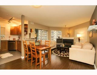 "Photo 1: 215 128 W 8TH Street in North Vancouver: Central Lonsdale Condo for sale in ""THE LIBRARY"" : MLS®# V779491"