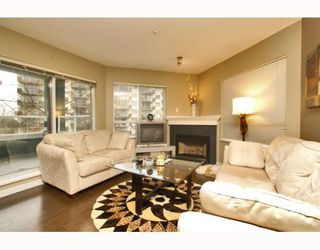 "Photo 6: 215 128 W 8TH Street in North Vancouver: Central Lonsdale Condo for sale in ""THE LIBRARY"" : MLS®# V779491"