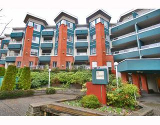 "Photo 2: 215 128 W 8TH Street in North Vancouver: Central Lonsdale Condo for sale in ""THE LIBRARY"" : MLS®# V779491"