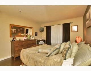 "Photo 7: 215 128 W 8TH Street in North Vancouver: Central Lonsdale Condo for sale in ""THE LIBRARY"" : MLS®# V779491"