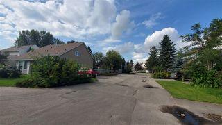 Photo 3: 9537 180A Street in Edmonton: Zone 20 House Half Duplex for sale : MLS®# E4170396