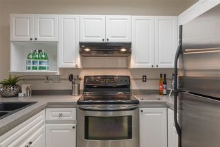 """Photo 3: 104 6475 CHESTER Street in Vancouver: Fraser VE Condo for sale in """"SOUTHRIDGE"""" (Vancouver East)  : MLS®# R2398431"""