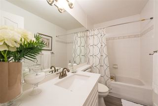 """Photo 11: 104 6475 CHESTER Street in Vancouver: Fraser VE Condo for sale in """"SOUTHRIDGE"""" (Vancouver East)  : MLS®# R2398431"""