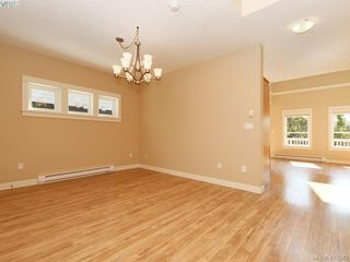 Photo 5: 15 DeGoutiere Pl in VICTORIA: VR Six Mile Single Family Detached for sale (View Royal)  : MLS®# 823944