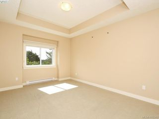 Photo 13: 15 DeGoutiere Pl in VICTORIA: VR Six Mile Single Family Detached for sale (View Royal)  : MLS®# 823944