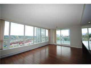 Photo 8: 1704 2200 DOUGLAS Road in Burnaby: Brentwood Park Condo for sale (Burnaby North)  : MLS®# R2429013