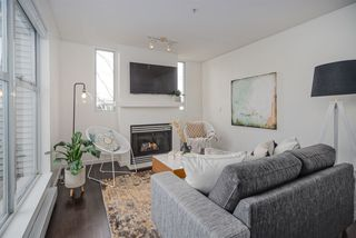 """Photo 8: 313 3150 W 4TH Avenue in Vancouver: Kitsilano Townhouse for sale in """"Avanti"""" (Vancouver West)  : MLS®# R2441202"""