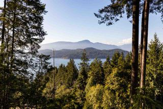 """Main Photo: 914 WINDJAMMER Road: Bowen Island House for sale in """"Bluewater Park"""" : MLS®# R2446468"""