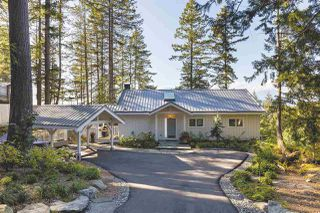 "Main Photo: 914 WINDJAMMER Road: Bowen Island House for sale in ""Bluewater Park"" : MLS®# R2446468"
