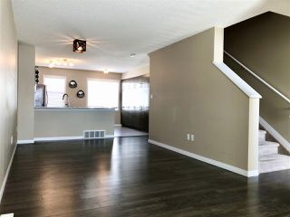 Photo 4: 12 1140 CHAPPELLE Boulevard in Edmonton: Zone 55 Townhouse for sale : MLS®# E4192485