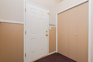 Photo 2: 1865 Mill Woods Road E in Edmonton: Zone 29 Townhouse for sale : MLS®# E4195490