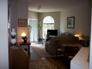 """Photo 10: 415 3172 GLADWIN Road in Abbotsford: Central Abbotsford Condo for sale in """"Regency Park"""" : MLS®# R2480665"""