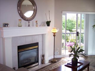 """Photo 8: 415 3172 GLADWIN Road in Abbotsford: Central Abbotsford Condo for sale in """"Regency Park"""" : MLS®# R2480665"""