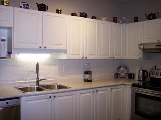"""Photo 4: 415 3172 GLADWIN Road in Abbotsford: Central Abbotsford Condo for sale in """"Regency Park"""" : MLS®# R2480665"""