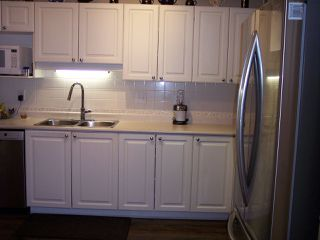 """Photo 5: 415 3172 GLADWIN Road in Abbotsford: Central Abbotsford Condo for sale in """"Regency Park"""" : MLS®# R2480665"""