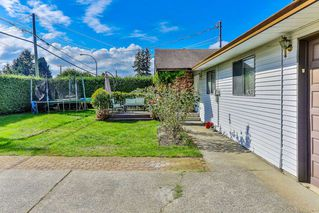 Photo 3: 19371 HAMMOND Road in Pitt Meadows: Central Meadows House for sale : MLS®# R2481575