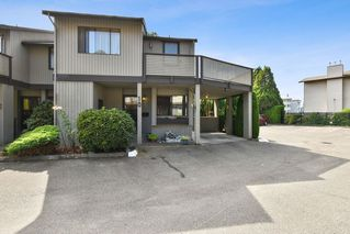 """Photo 1: 10 32917 AMICUS Place in Abbotsford: Central Abbotsford Townhouse for sale in """"Pinegrove"""" : MLS®# R2492524"""