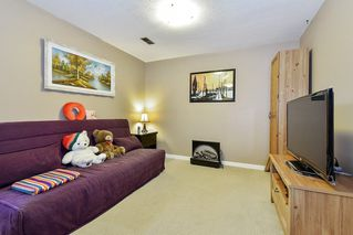 """Photo 17: 10 32917 AMICUS Place in Abbotsford: Central Abbotsford Townhouse for sale in """"Pinegrove"""" : MLS®# R2492524"""