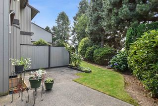 """Photo 21: 10 32917 AMICUS Place in Abbotsford: Central Abbotsford Townhouse for sale in """"Pinegrove"""" : MLS®# R2492524"""