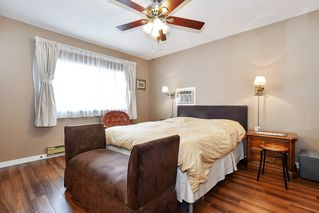 """Photo 10: 10 32917 AMICUS Place in Abbotsford: Central Abbotsford Townhouse for sale in """"Pinegrove"""" : MLS®# R2492524"""