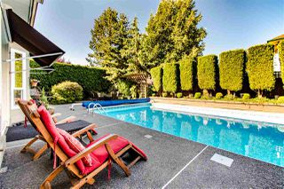 """Photo 30: 5863 188A Street in Surrey: Cloverdale BC House for sale in """"Rosewood"""" (Cloverdale)  : MLS®# R2494809"""