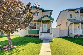 Photo 2: 1130 MARTINDALE Boulevard NE in Calgary: Martindale Detached for sale : MLS®# C4261187